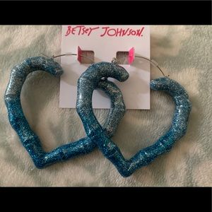 Betsey Johnson Ombré Blue Heart 💙 Shaped Hoops